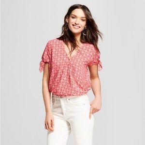 5/$30 Universal Thread Summer Cropped Shirt - Sz L
